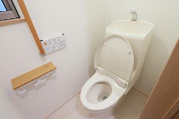 トイレ写真差し替え