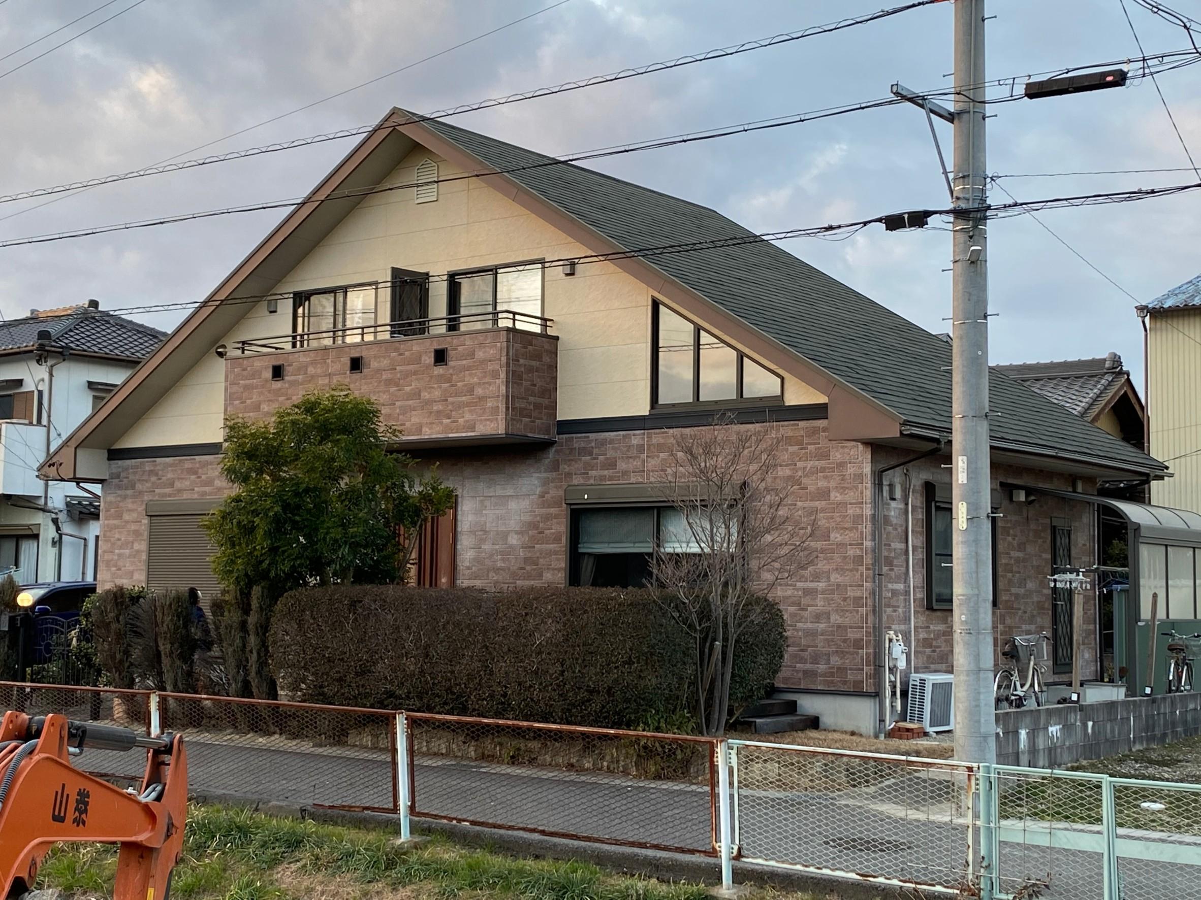 外壁および屋根の塗装工事